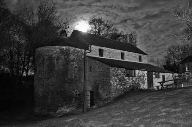 moonlight-bw-barry-mill